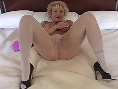 Heather Solo in Pantyhose