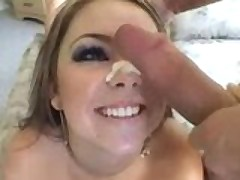 Julia Bond wants to suck your cock!