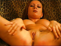Nice lady shows her pussy