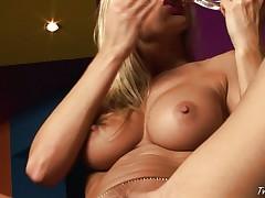 Masturbating sexy blonde