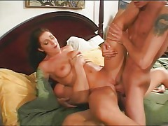 Wet shagging and creampie threesome