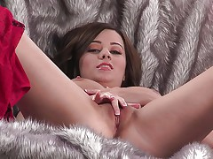 Hot brunette playing with her cunt