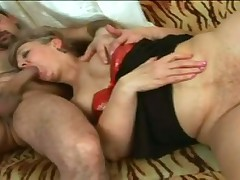 Curvy Mature Harlot Doris Blows And Fucks With No Rubber
