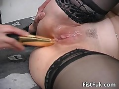 Busty Blond Whore Gets Her Pussy Licked And Fistfucked By FistFuk