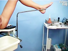 Valerie - Valerie Pussy Gaping By Old Gyno Doctor With Speculum