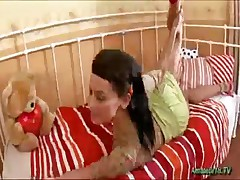 Flexible Babe Gets Hard Pussy Fucked And Does Oral Sex