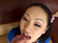 Adorable Tia Tanaka's Pussy Fights Big Bull!