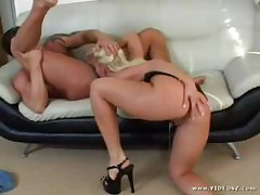 Nikki Hunter - Smokin Cracks