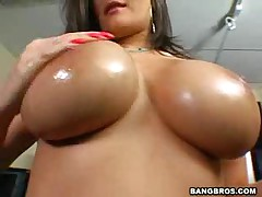 Austin Kincaid - Big Tits Round Asses - Oral Talents