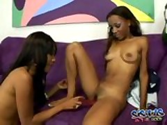 Ebony Ladies Take Turns With Dildo