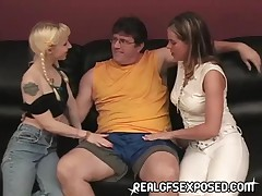 Super Sexy Guy Get His Dick Sucked By Two Cute Teen
