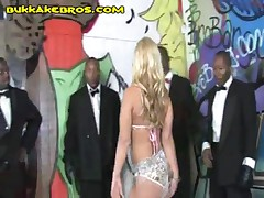 Blacks Appreciates Blonde By Letting Her Suck