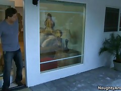 Sindee Jennings Vs Alex Sanders - I Have A Wife - With His Wife Gone, Alex Is Enjoying A Day With Th
