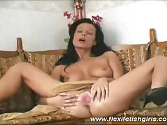 Flexi Fetish Girl Masturbating Her Pussy And Spreading