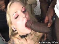 Faye Runaway - Blacks On Blondes
