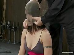 Wenona And Isis Love And Jessie Cox - Device Bondage