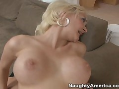 Danny Wylde And Torrey Pines - Seduced By A Cougar