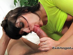 Julia Bond Vs Omar Galanti - Even With A Butt Plug In There, She Sucks And Fucks With The Best!