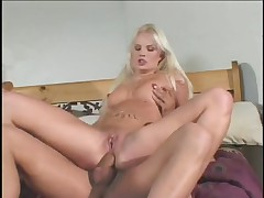 Blonde Starlet Gives Self Dual Whammy