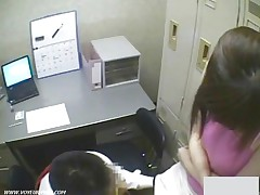 Japanse Girl Shoplifter Gives A Sexual Risk For Video Camera