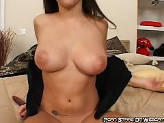 April O Neil - Sexy Starlet Masturbates On Cam