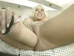 Sandy Knight - Screaming O