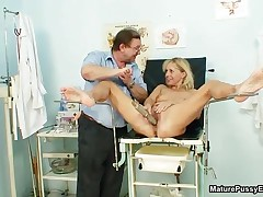 Nasty Blonde Housewife Going Crazy With The Pussy Spreader In Her Cunt By MaturePussyExams