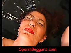 Trashy Milf Hooker Gets Facial Cumshoted