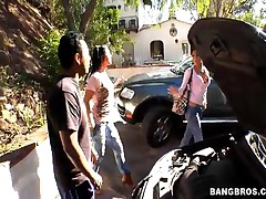 Jackie Daniels And Eva Ellington And Vanessa Naughty - Fuck Team Five - Mechanics Lucky Day With Jac