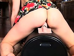 Lexi Belle Fucks the Sybian Machine to a Dripping Orgasm