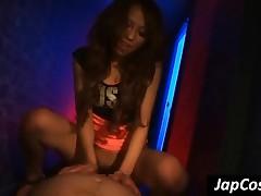 Tempting Japanese Mistress Gives Handjob To Slave