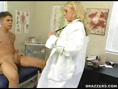 Heidi Mayne - Doctor Adventures