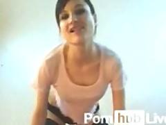 IlikedeepXXX From Pornhublive Displays Her Wet Pussy