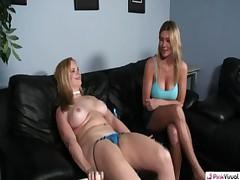 2 Girls 1 Vibrator