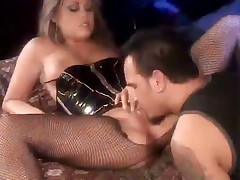 Blond Sexpot Loves kinky Doggystyle