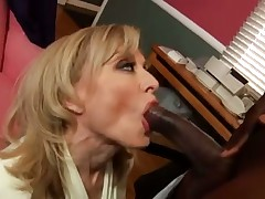 Nina Hartley doing a black guy