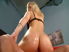 Alexis Texas has an amazing ass