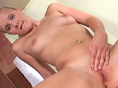 Pierced blonde cutie fingers vagina