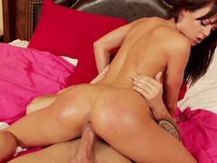 Appealing modeo goes wild on a strong dick