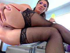 Lexington Steele fucks with innocent London Keyes