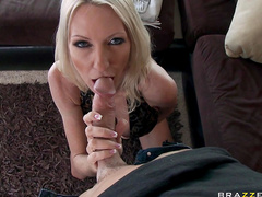 Emma Starr rides on dick of Johnny Sins