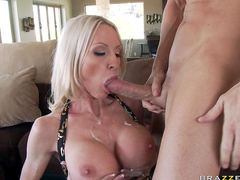 Emma Starr rides on dick of Johnny Sins