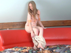Evelina Reene puts her fingers deep inside in her pussy