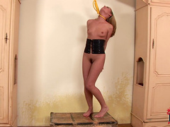 Naked babe Zuzana Z is getting pleasure from pain