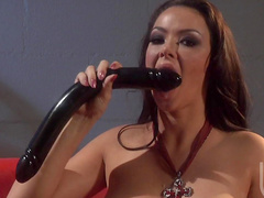 Hardcore babes is fucking in their holes