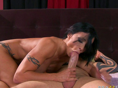 Jewels Jade fucks with perverted dude Scott Nails
