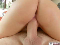 Cock-riding babe Hanna Sweet was fucked in her trimmed puss