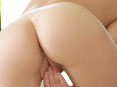 Lustful solo by this peachy boobs beauty