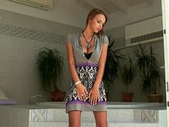 Dorothy Green demonstrates her slender shape