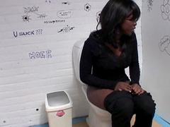 Glamorous ebony Conchita suck a white dick